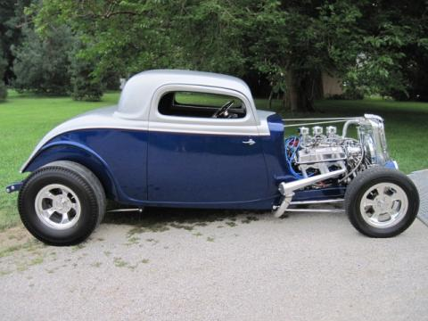 1934 Ford Model B High Boy Coupe in Blue/Silver/Red Pin Stripe