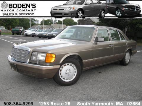 1990 Mercedes-Benz S Class 560 SEL Sedan in Light Beige Metallic