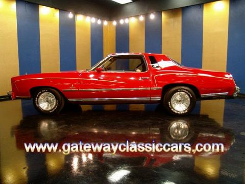 1976 Chevrolet Monte Carlo  in Red