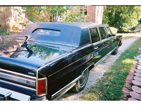 1979 Lincoln Continental Town Car Limousine in Dark Blue