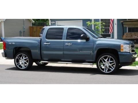 2008 Chevrolet Silverado 1500 LT Crew Cab 4x4 in Blue Granite Metallic
