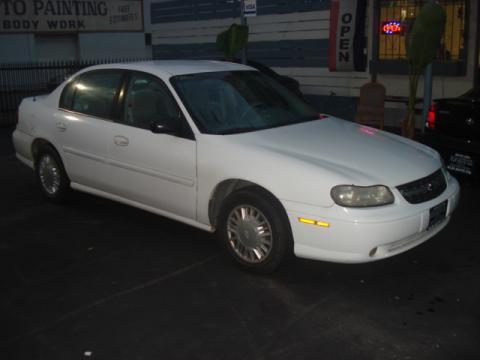 2000 Chevrolet Malibu Sedan in Bright White