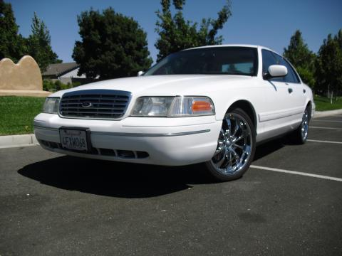 1999 Ford Crown Victoria  in Vibrant White