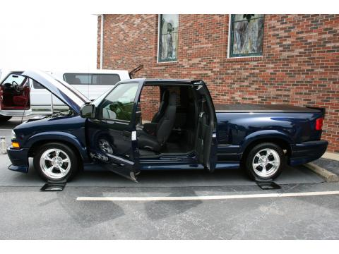 2003 Chevrolet S10 Xtreme Extended Cab in Indigo Blue Metallic