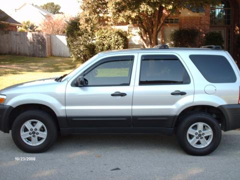 2005 Ford Escape XLT in Silver Metallic