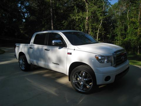 2007 Toyota Tundra Limited CrewMax 4x4 in Super White