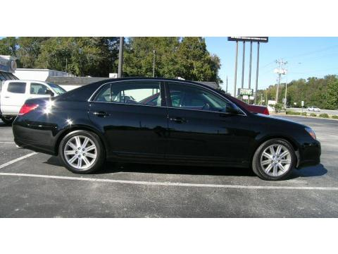 2007 Toyota Avalon Limited in Black