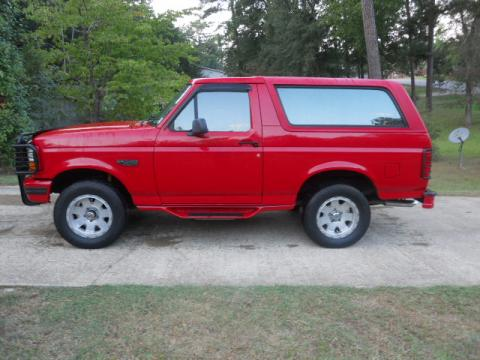 1996 Ford Bronco XLT 4x4 in Bright Red