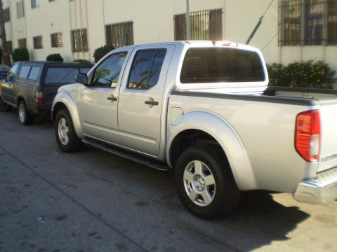 2007 Nissan Frontier SE Crew Cab in Radiant Silver