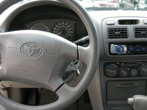 2000 Toyota Corolla VE in Silverstream Opal