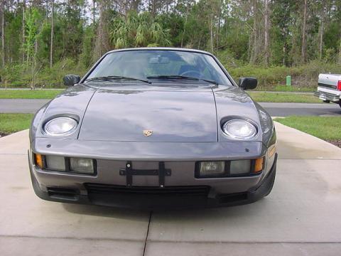 1986 Porsche 928 S in Meteor Gray Metallic
