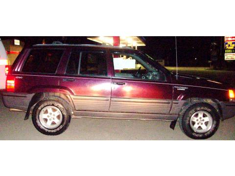 1994 Jeep Grand Cherokee Laredo 4x4 in Sienna Pearl