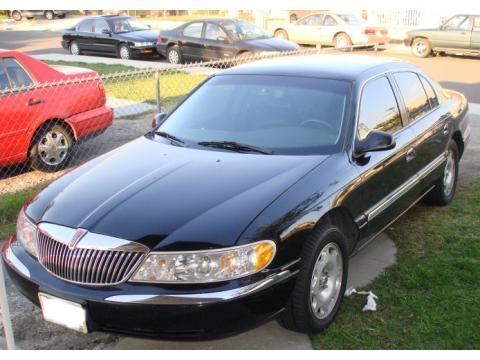 Lincoln Continental 1998. Black 1998 Lincoln Continental