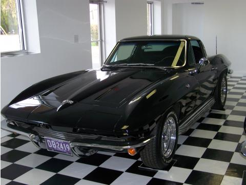 1964 Chevrolet Corvette Sting Ray Coupe in Tuxedo Black