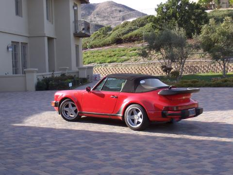 1986 Porsche 911 Supersport Cabriolet in Guards Red