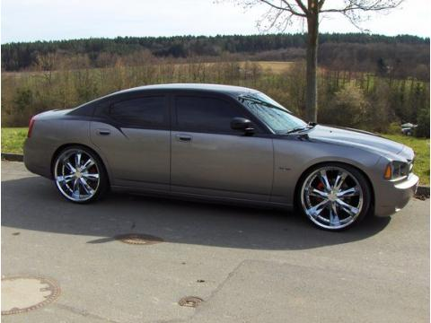 2006 Dodge Charger SE in Silver Steel Metallic