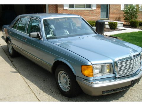 1985 Mercedes-Benz S Class 500 SEL in Silver Grey