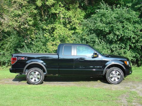2011 Ford F150 FX4 SuperCab 4x4 in Ebony Black