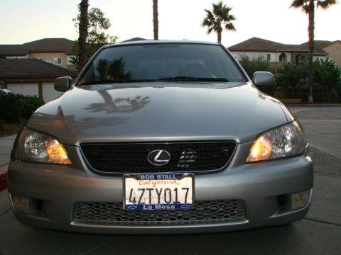2002 Lexus IS 300 in Millennium Silver Metallic