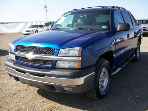 2003 Chevrolet Avalanche Z66 in Arrival Blue