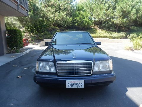 1995 Mercedes-Benz E 320 Sedan in Midnight Blue