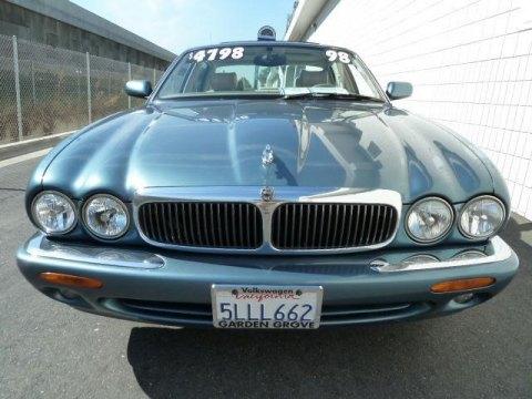 1998 Jaguar XJ XJ8 in Mistral Pearl
