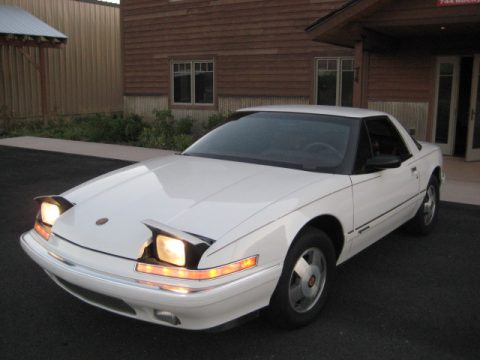 1990 Buick Reatta Coupe in White