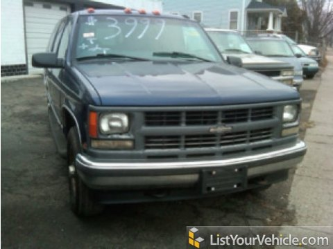 1999 Chevrolet Suburban K1500 LT 4x4 in Indigo Blue Metallic