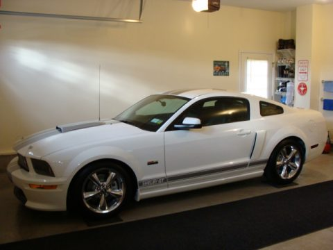 2007 Ford Mustang Shelby GT Coupe in Performance White