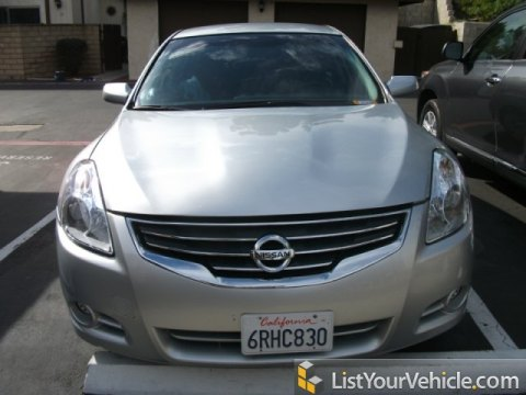 2010 Nissan Altima 2.5 S in Radiant Silver