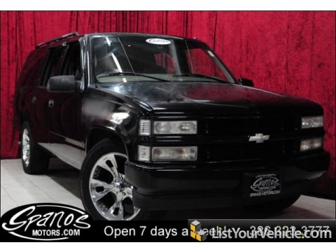 1999 Chevrolet Suburban C1500 LT in Onyx Black