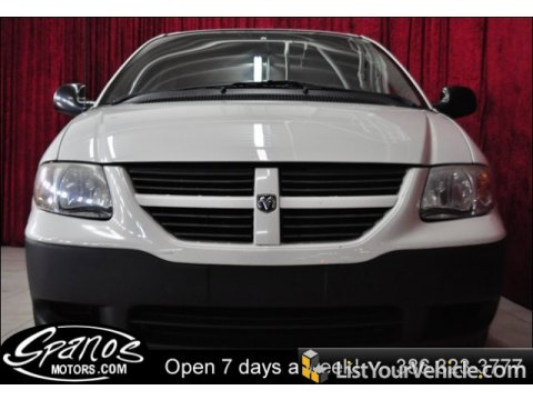 2005 Dodge Caravan SE in Stone White
