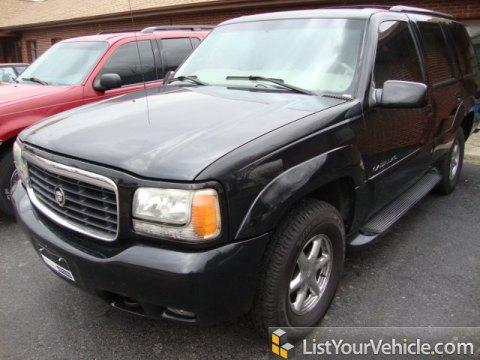 2000 Cadillac Escalade 4WD in Sable Black