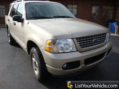 2004 Ford Explorer XLT in Pueblo Gold Metallic