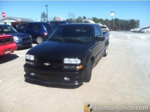 2002 Chevrolet S10 Xtreme Extended Cab in Onyx Black