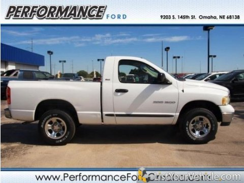 2002 Dodge Ram 1500 ST Regular Cab in Bright White