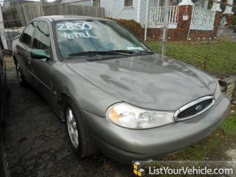 1999 Ford Contour SE in Spruce Green Metallic
