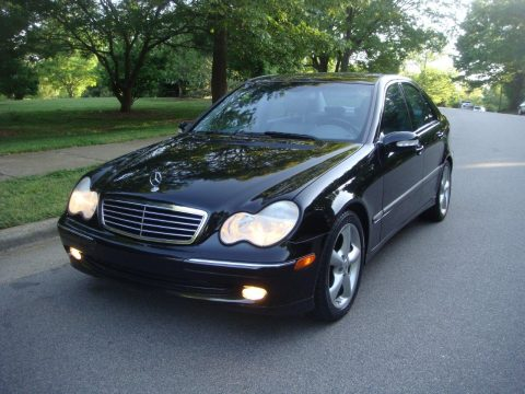 2004 Mercedes-Benz C 230 Kompressor Sedan in Black