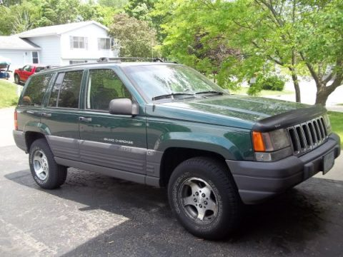 1997 Jeep Grand Cherokee Laredo 4x4 in Forest Green Pearl