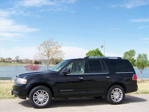 2007 Lincoln Navigator Ultimate 4x4 in Black
