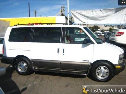 2000 Chevrolet Astro LS Passenger Van in Ivory White