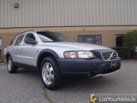 2004 Volvo XC70 AWD in Silver Metallic