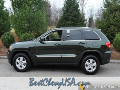 2011 Jeep Grand Cherokee Laredo in Natural Green Pearl