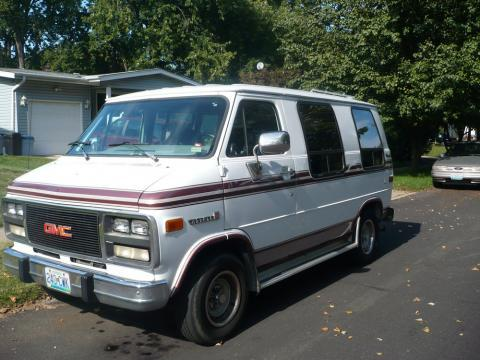 1990 GMC Vandura Passenger in White