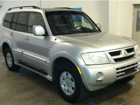 2003 Mitsubishi Montero Limited 4x4 in Munich Silver Metallic