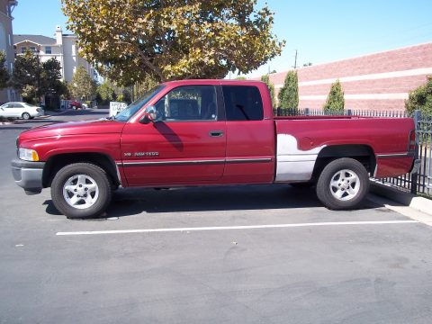 1997 Dodge Ram 1500 Laramie SLT Extended Cab in Metallic Red