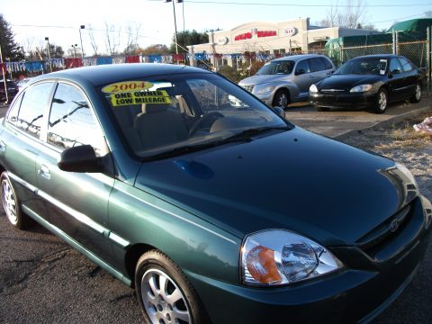 2004 Kia Rio Sedan in Willow Green