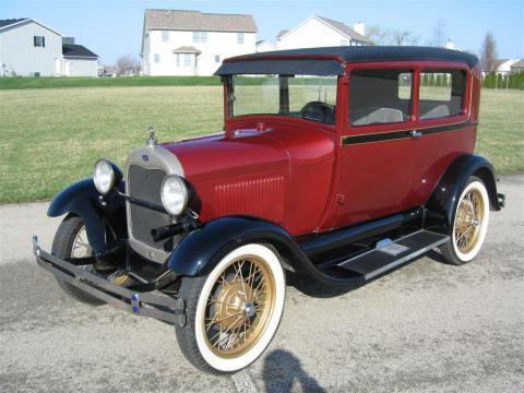 1929 Ford Model A Tudor Sedan in Maroon