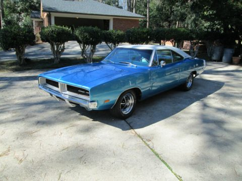 1969 Dodge Charger Hardtop in Bright Blue