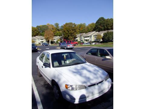 Toyota Corolla 2000 Interior. White 2000 Toyota Corolla